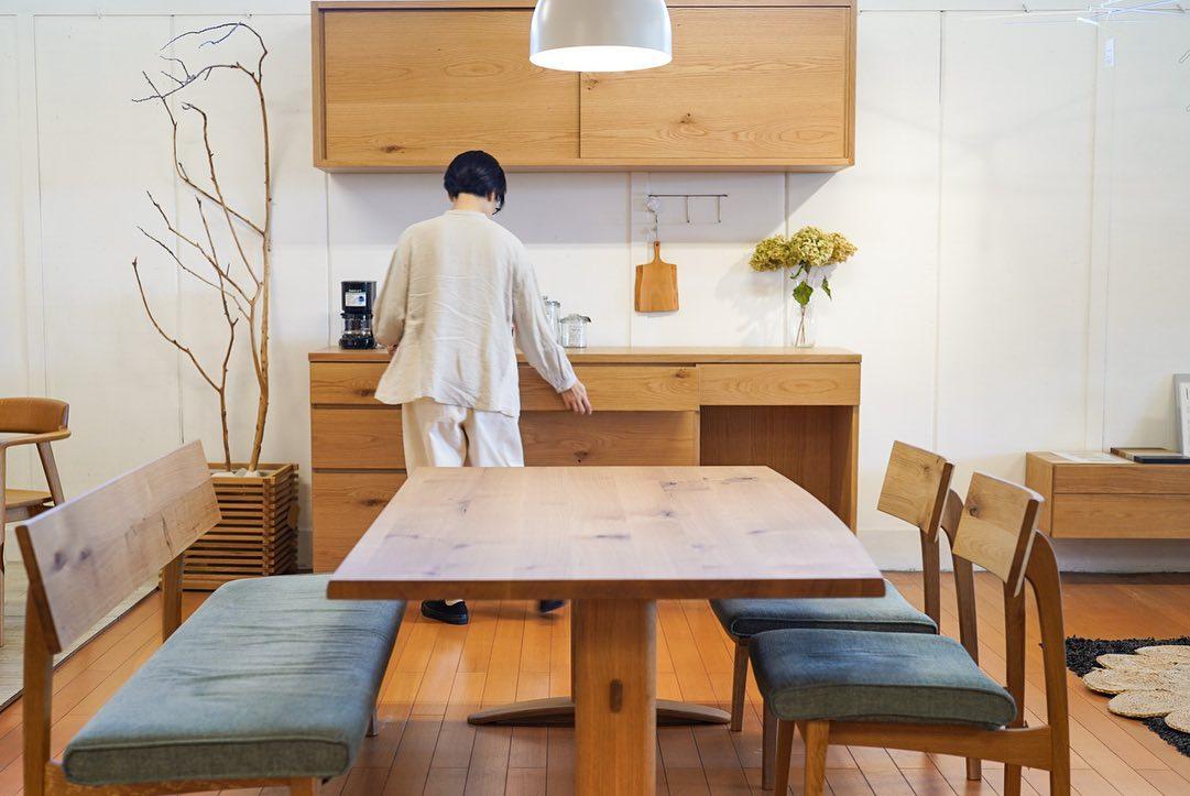 府中家具製 シンプルな木のキッチン収納